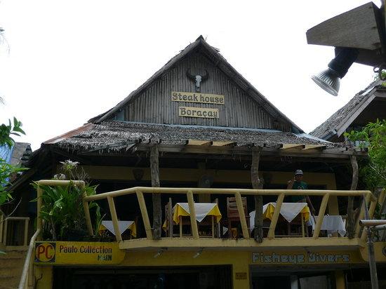Steakhouse Boracay : Front vom White Sand Beach aus