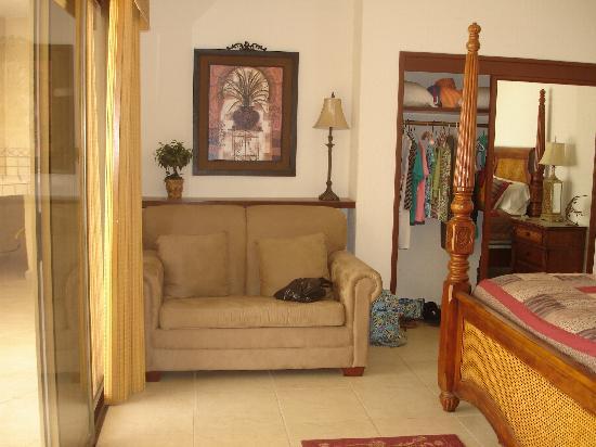 Sonoran Sun Resort: sw unit 1007 the sofa bed in 1 bedroom