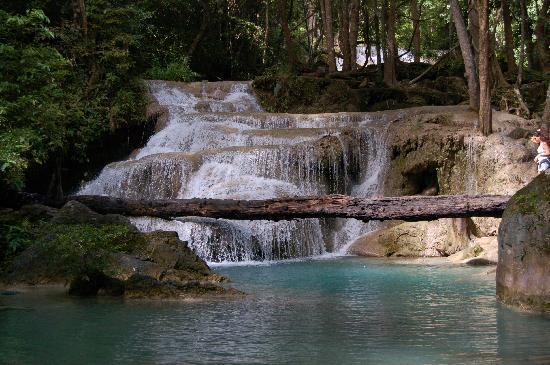 e giù un altra.. - Picture of Erawan Falls, Erawan ...
