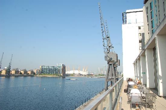 Novotel London Excel: The restaurant balcony overlooking Docklands and the O2.