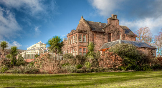 Brodick, UK: Auchrannie House Hotel Exterior