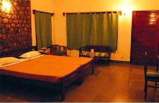 Hotel Tiger Camp: Hotel room