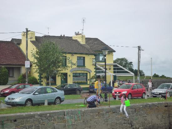 Kinvara Guesthouse : Pierhead Restaurant & Bar