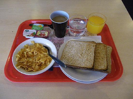 Euro Hostel Glasgow: Breakfast