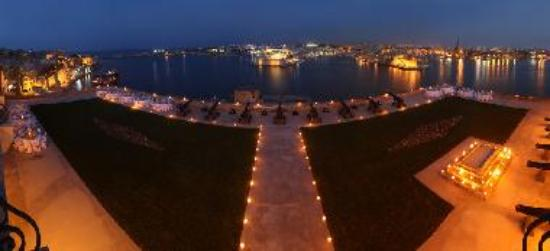 The Saluting Battery at Night