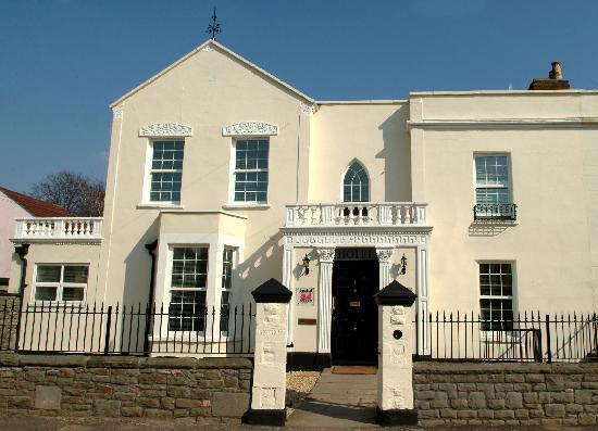 Hotel24seven Bristol: Dean Lane entrance