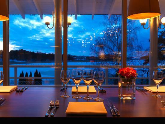 Le Soleil : Restaurant interior