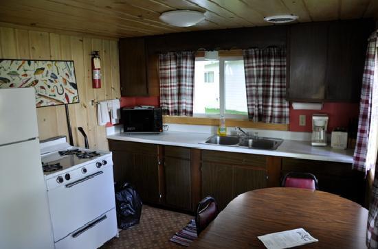 Sunrise Lodge: Küche