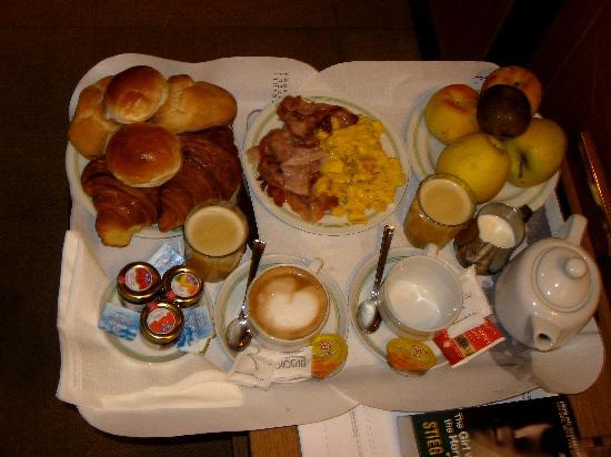Best Western Hotel President: Our breakfast for two