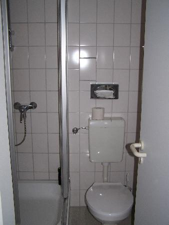 Komfort Hotel Wiesbaden Ost: Bad