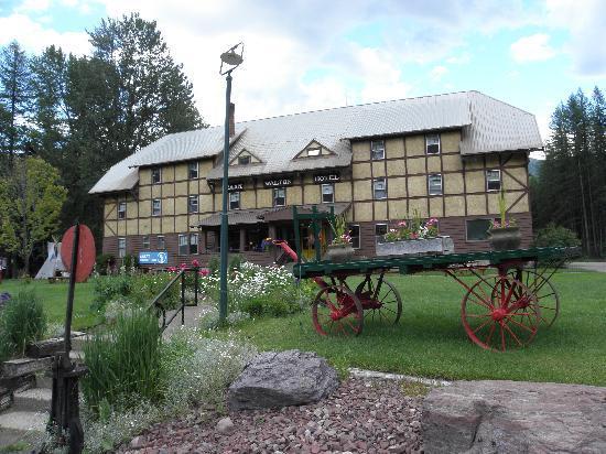 Izaak Walton Inn: Main lodge next door.