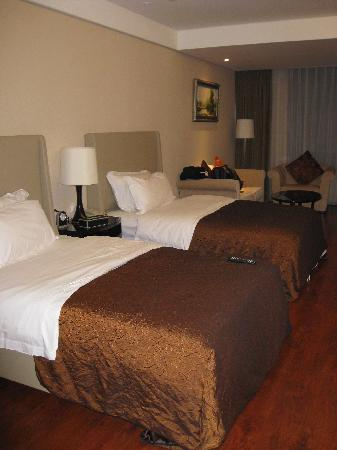 Huabin International Hotel: Spacious rooms