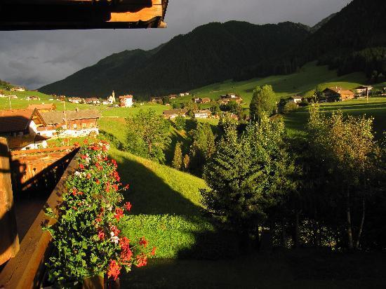 Panorama Hotel CIS: Abendstimmung 2 - vom Balkon