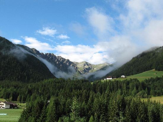 Panorama Hotel CIS: Blick vom Balkon - am Tag