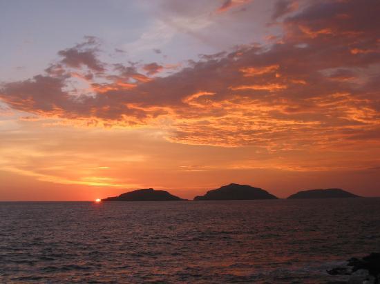 Mazatlan Ocean Front Inn: Abendblick von unserer Terasse