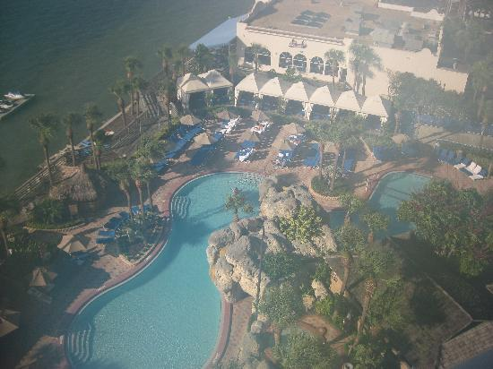 Clearwater Beach Marriott Suites on Sand Key: Photo is a little steamy due to hunidity