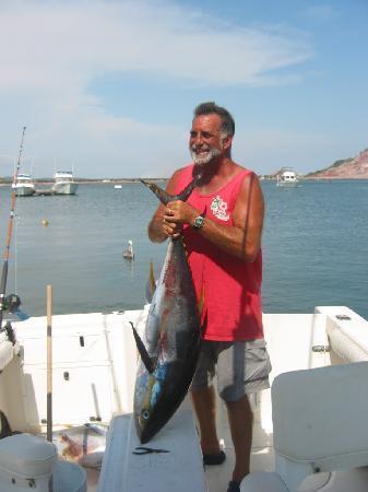 Mazatlan Ocean Front Inn: Jim und sein Fang