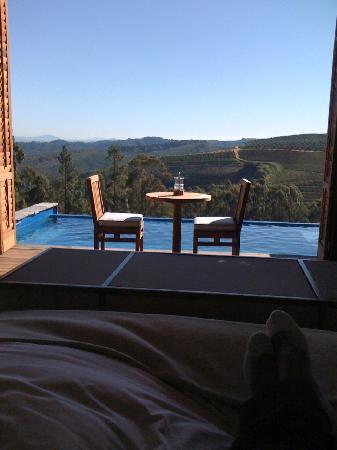 Delaire Graff Estate - Lodges and Spa: The view from the bed!
