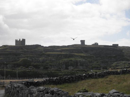 South Aran House: Irish is the language here