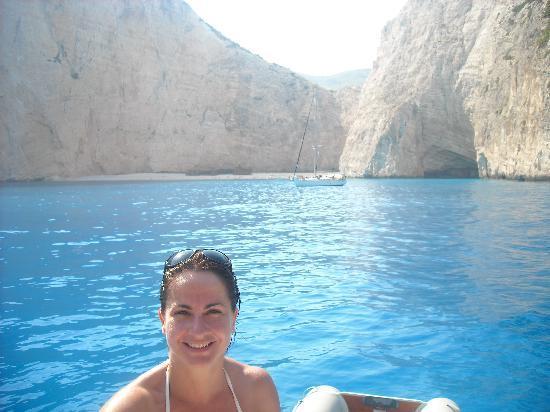 Playa Navagio: COME SI VEDE DALLA FOTO E' STUPENDO !!