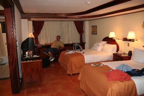 San Antonio De Belen, Costa Rica: comfy beds