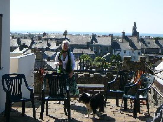 Marina Terrace: Views over Pwllheli