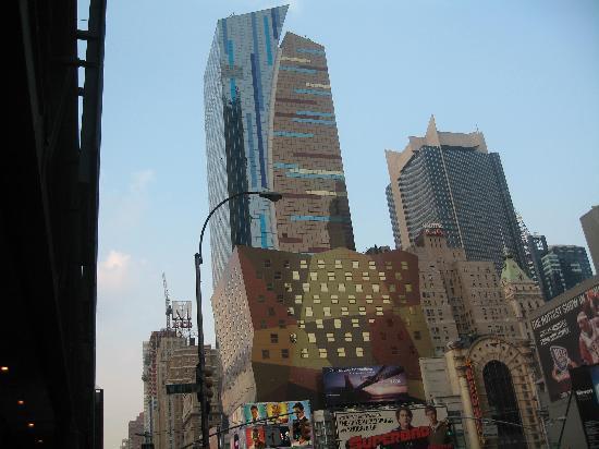 Travel Inn Hotel New York: Near the Inn: 42nd St.