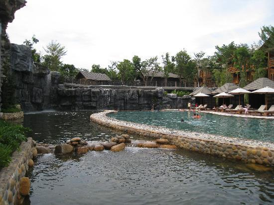 Philea Resort & Spa: Another view of the pool