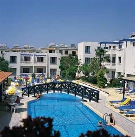 Kefalonitis Hotel Apts.: Swimming Pool