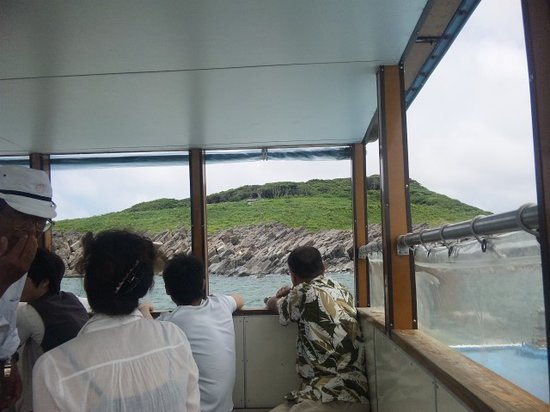 Sakai, Japan: 遊覧船から望むみなさんの様子