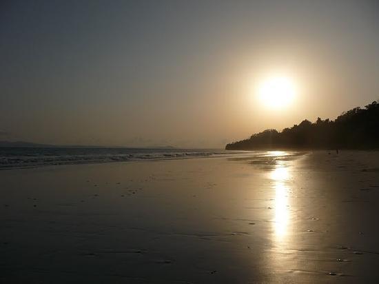 Sun setting @ Radhanagar Beach