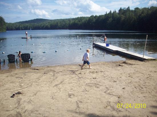 Lapland Lake Nordic Vacation Center: the beach