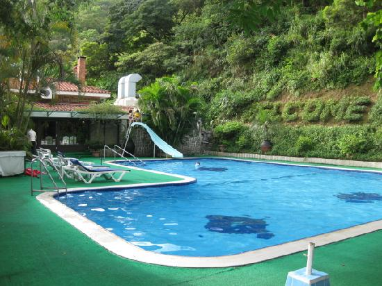 Pousada de Coloane Beach Hotel & Restaurant: Hotel pool
