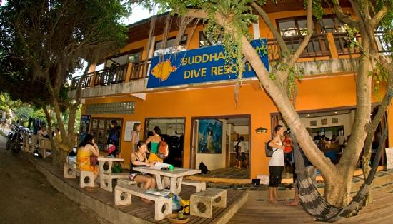 Buddha View Dive Resort : Diveshop_02