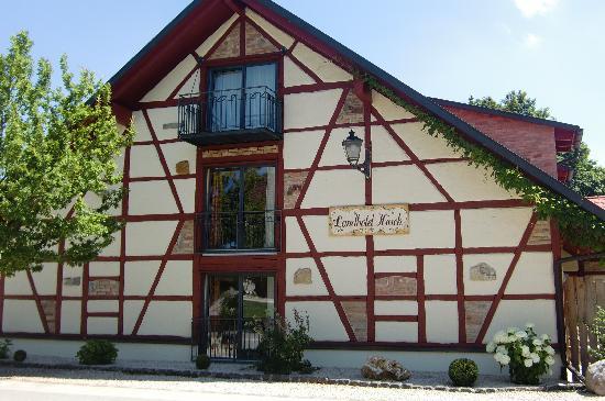 Landgasthof Hirsch: Landhotel im Fachwerkstil