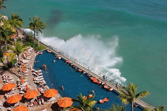 Sheraton Waikiki View Of The Infinity Pool
