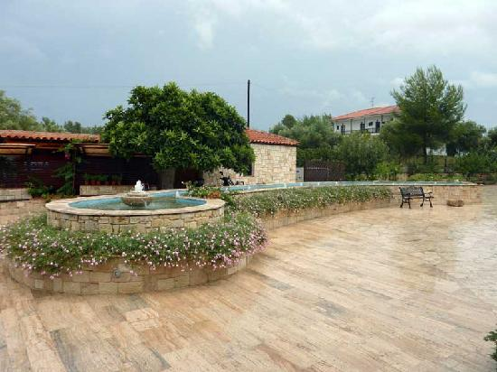 Nostos Hotel: Entrance area to the hotel