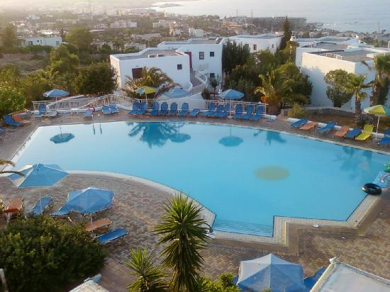 Sunshine Village : The pool