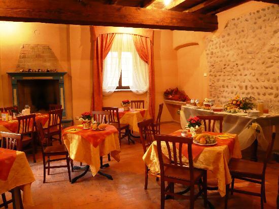 AgriRelais Villa Dei Mulini: breakfast room