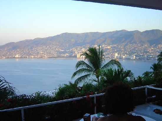 Las Brisas Acapulco: Acapulco Bay's view from bedroom