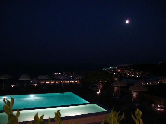 Elounda Ilion Hotel: poll area by full moon