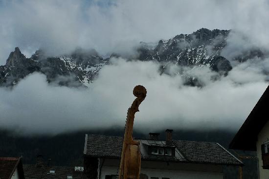 Mittenwald, Deutschland: 大きなヴァイオリン