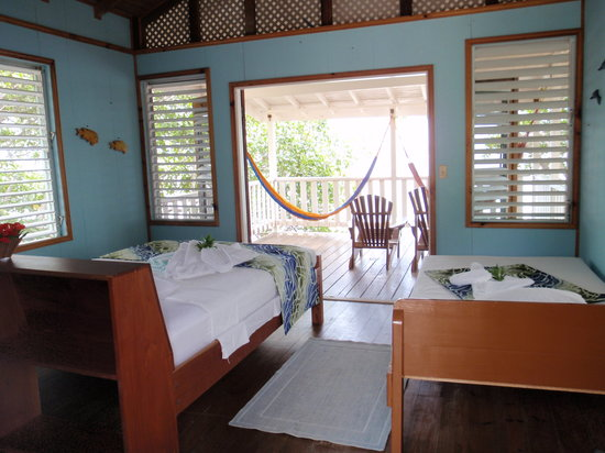 Pelican Beach - South Water Caye: interior of our gorgeous cabana