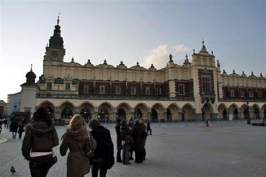 Cracovia, Polonia: Market Square - Loved it!