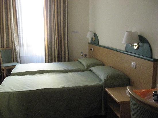 Aramis Rooms: habitación