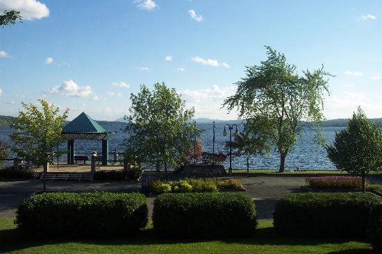 Hotel & Spa Etoile-sur-le-Lac: vue de la chambre
