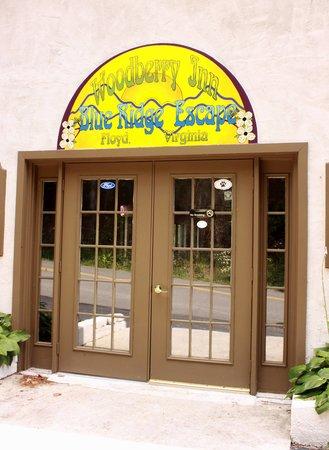 Woodberry Inn: Entrance