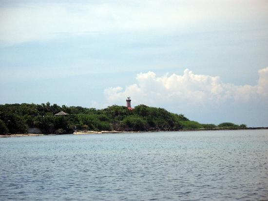 Banak House Calatagan: View of Parola Lighthouse