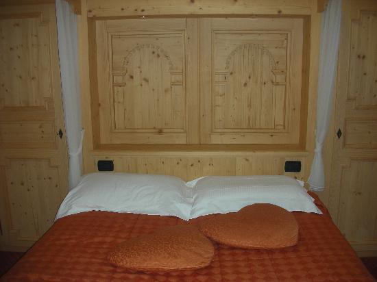 Soraga, Italia: la camera junior suite