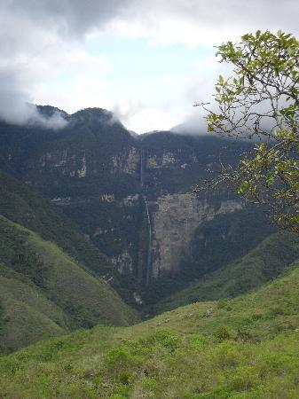 Gocta Andes Lodge: View of Gocta Waterfall (third highest in the world) from Gocta lodge